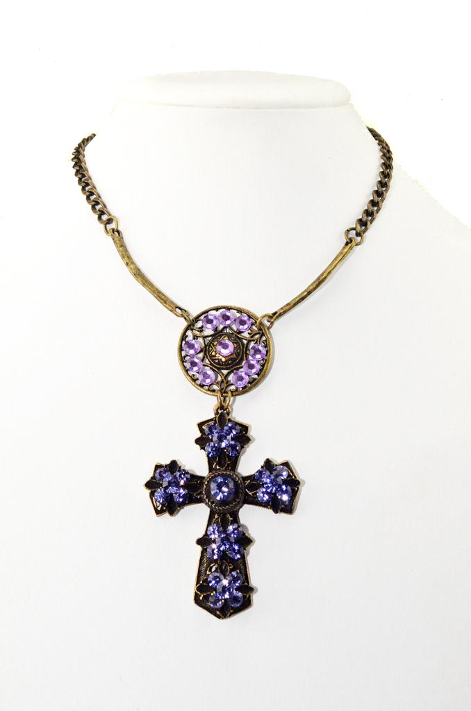 Necklace set with Swarovski crystals puple cross royal