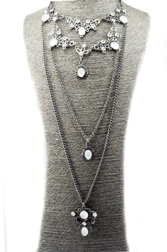 Layered necklace set with Swarovski crystals