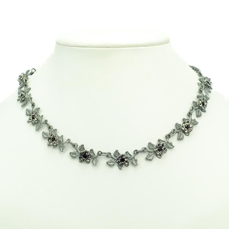 necklace set leaves with swarovski Sieraden set met fijne bladeren
