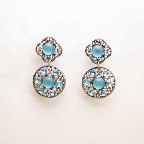 blue rond Swarovski earrings handmade