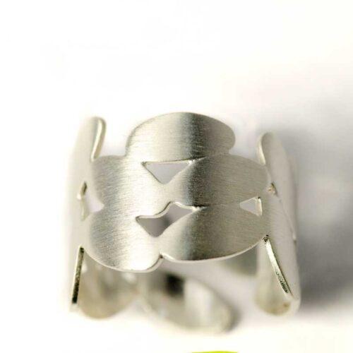 Zilveren Ring met blaadjes